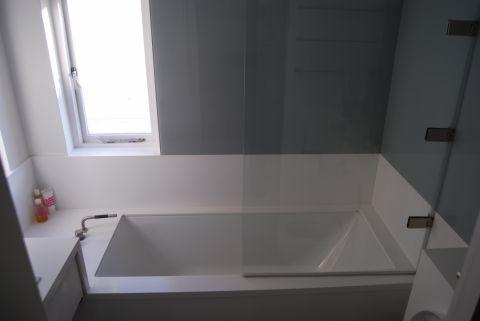 HI-MACS Alpine White Bath Surround & Wall Panelling
