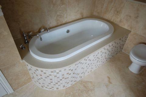 Oval Bath Underbath Surround
