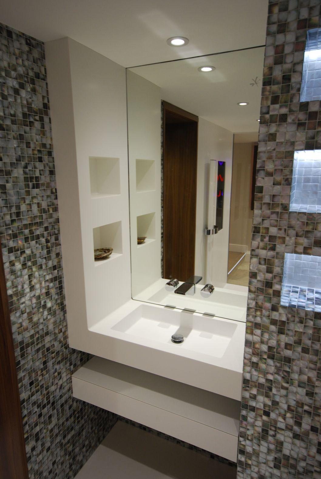 Wall Panels Solidity - Public bathroom wall panels