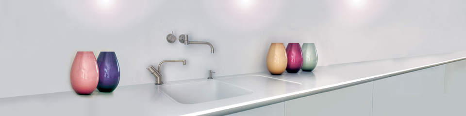 Elegant sink with Flat, Recessed Drainer