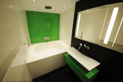 White Corian Bath and Wall Panels