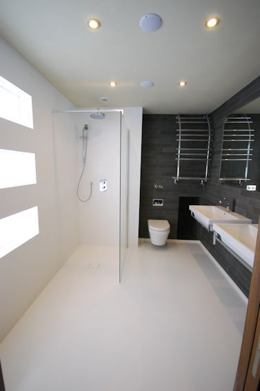 Wetroom Floor and Walls