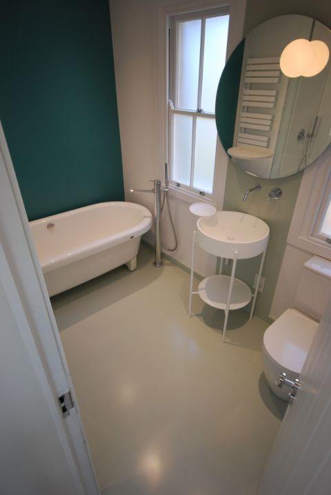 HI-MACS Bespoke Wet Room Floor & Splashback