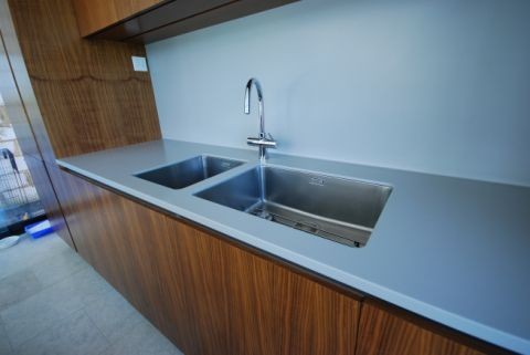 Worktop with Stainless Steel Undermounted Sinks