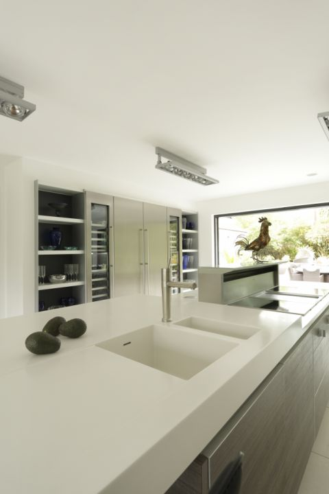 Integrated Solid Surface 1.5 sink unit