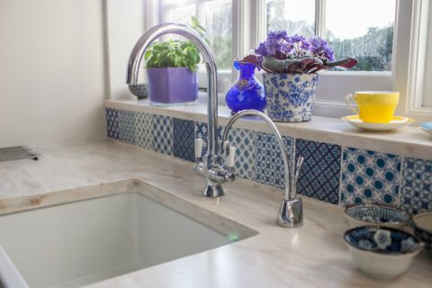 Corian Clamshell Worktops with Butler Sink