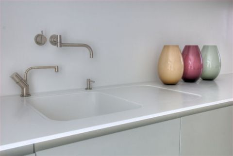 New HI-MACS sink with recessed flush drainer