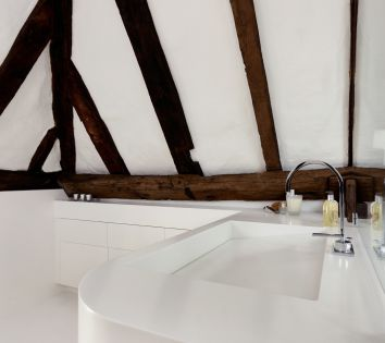 Bespoke basin with Sloped Slot Waste