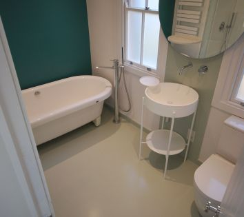 HI-MACS Bespoke Wet Room Floor & Splashback