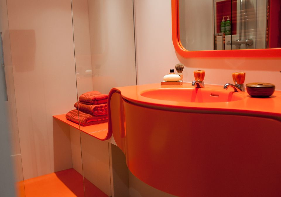 Curved Coloured Vanity Unit With Integral Shower Seat