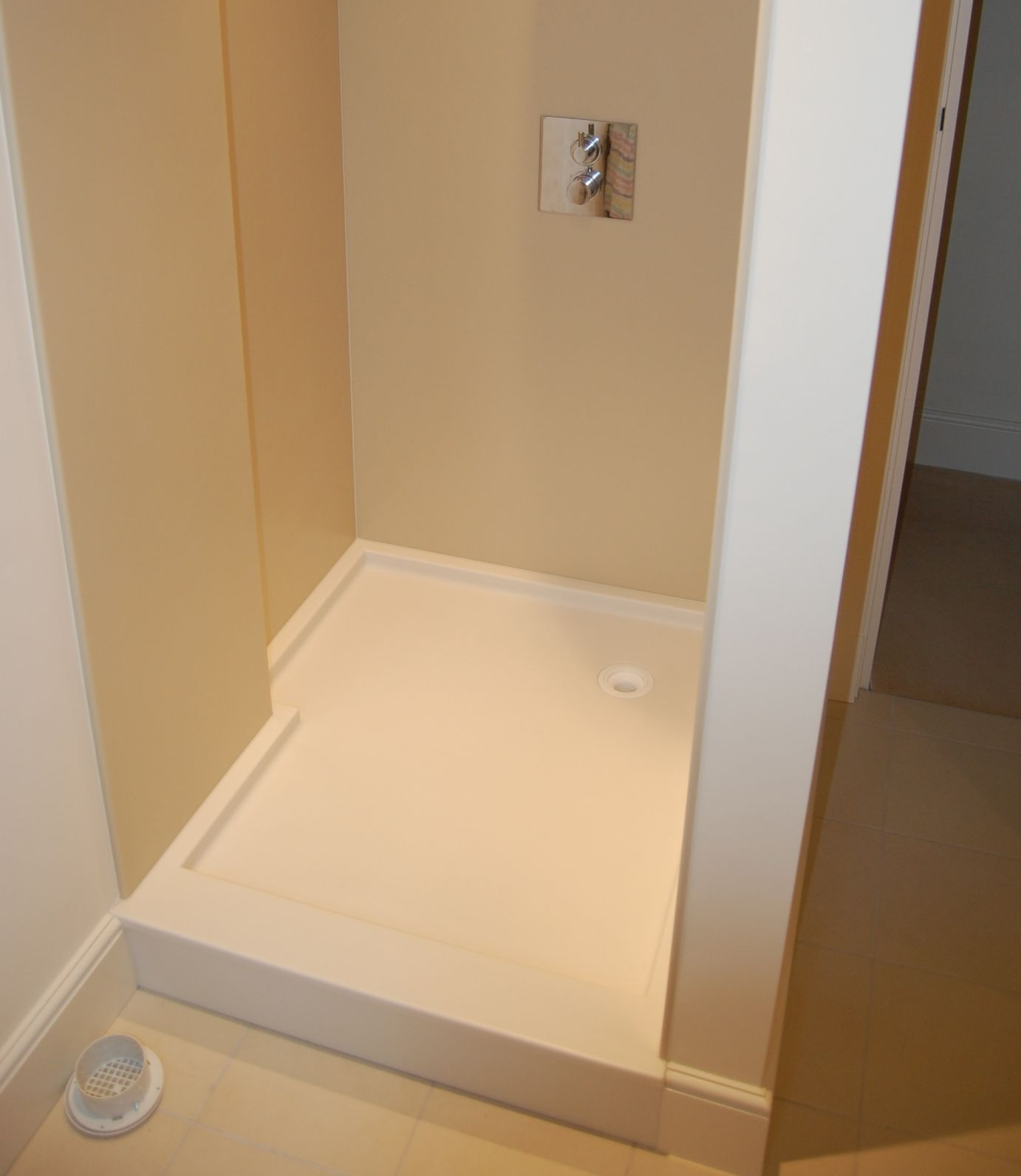 Made to measure shower trays   Solidity