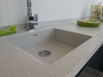 Corian/HI-MACS 600mm Sink with Recessed Perimeter Drainer