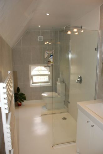 Corian Wall Panels to Wetroom Floor