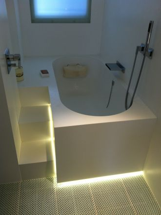 Custom Size Bath with step up