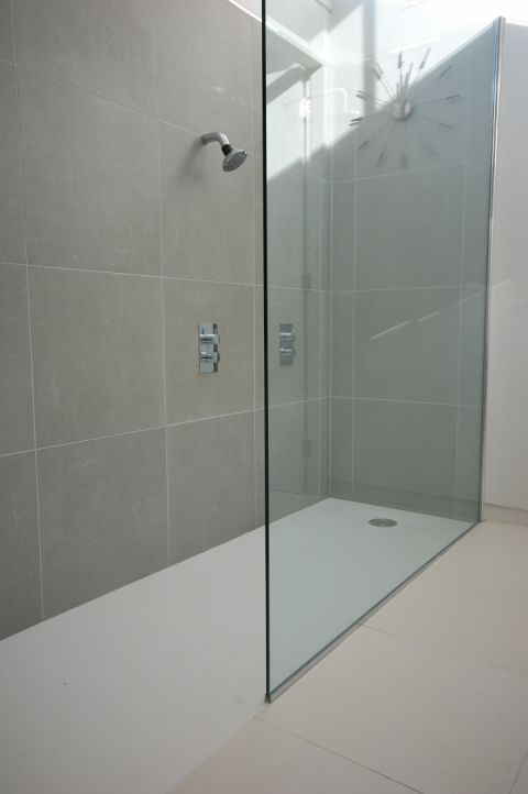 Bespoke Shower Trays Solidity