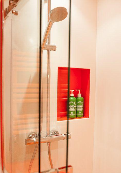 Coloured Shower Recess