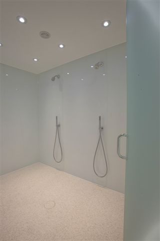Double Shower Floor