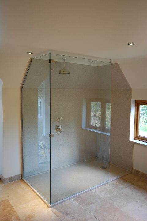 Large Bespoke Shower Tray with Wall Panels