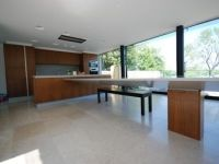 Special support for Corian breakfast bar
