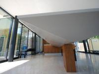 Cantilever Corian worktop